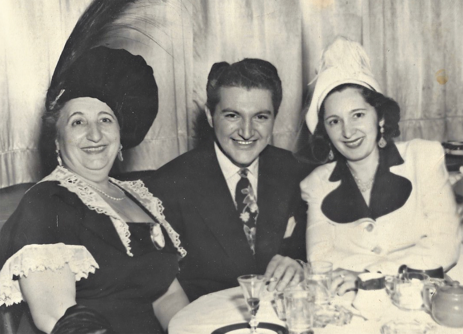 Mama, Liberace and friend